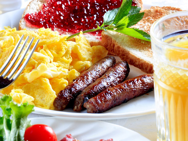 Get 20% off now @ Daily Buffet Breakfast!